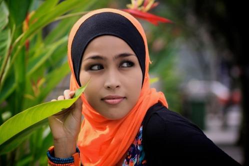 beautiful-malaysian-women-in-hijab-fashion_2
