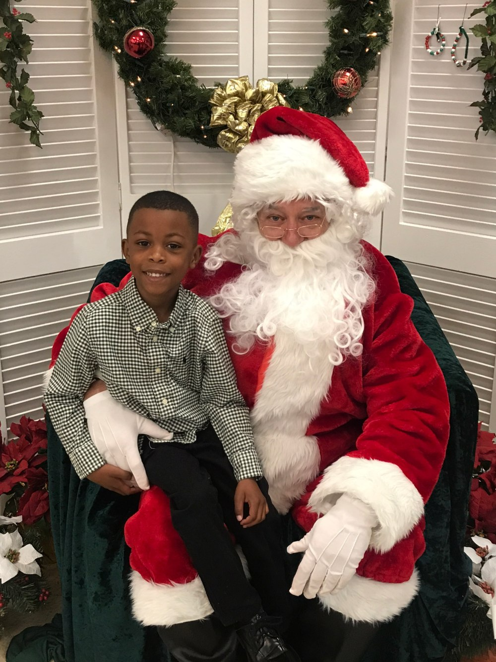 DeAngelo and Santa (age 4)